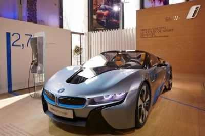 bmw i born electric tour la gamme bmw activehybrid. Black Bedroom Furniture Sets. Home Design Ideas