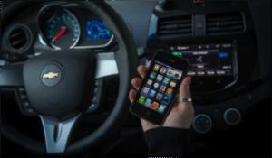 Apple, l'iphone et l'automobile
