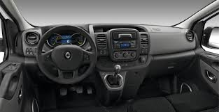 Opel-vivaro-2